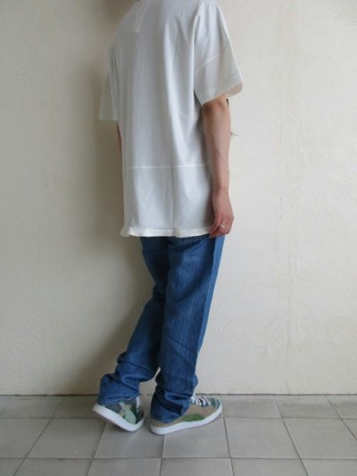画像1: IRLY イリー       Vネック ラウンドTシャツ・ホワイト