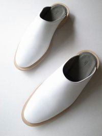 ISHMM       sabot shoes・WHITE/BEIGE