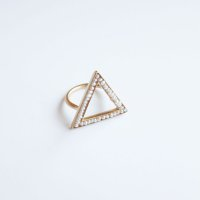 revie objects       ▲pearl ring