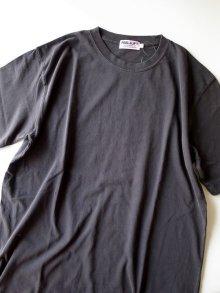 他の写真1: PEEL&LIFT        H.M.P. tee プリントTシャツ・ブラック
