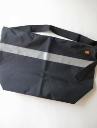 "RELAX FIT  ""CONVENIENCE BAG""ビッグメッセンジャーバック"