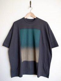 Dulcamara      ドットグラデーションBig Tシャツ・チャコールグレー