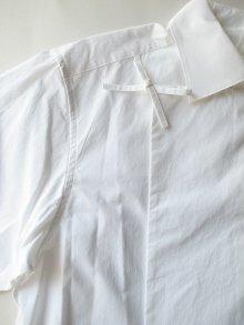 他の写真3: SOSHI OTSUKI       ソウシオオツキ HANGING EVENING SHIRTS・WHITE