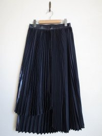 tactor       RANDOM PLEATED LAME SKIRT