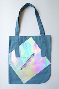 tactor       flat big bag・blue×hologram