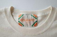 """他の写真2: RELAX FIT       リラックスフィット """"POCKET LONGSLEEVE T-SHIRT""""・クリーム"""